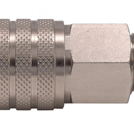 GIANTS - QUICK COUPLING SOCKETS AND PLUGS